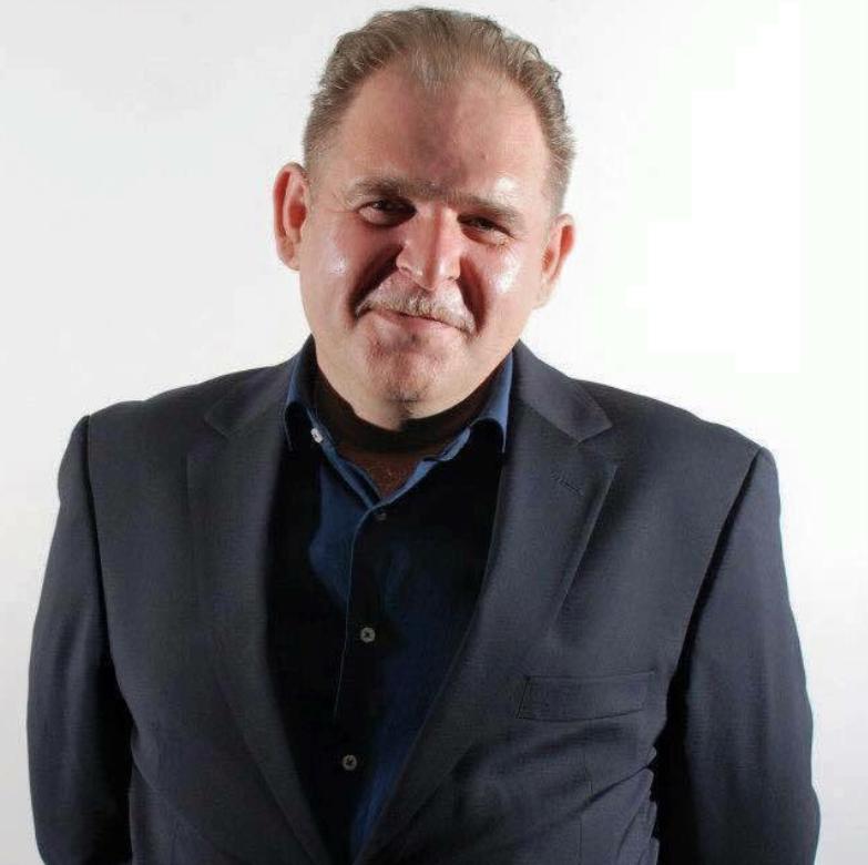 Dean Peckett